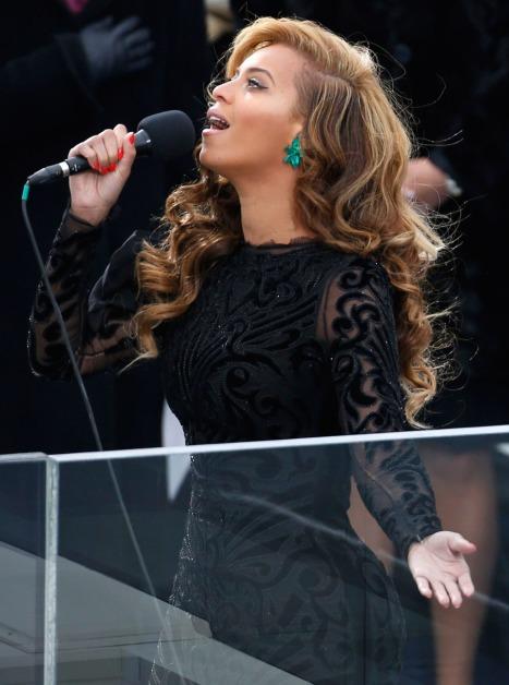 Beyonce lip-synch